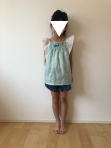 fledgeブラウスとフリルショートパンツの着画