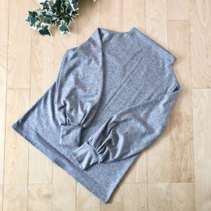 伊藤みちよ「今日の大人服」からボリューム袖のカットソー